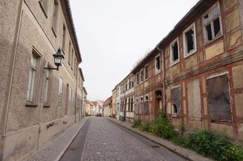 Burg vervallen huizen