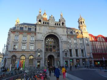 Antwerpen zijgevel Centraal Station