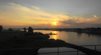 Culemborg zonsopkomst vanuit de trein (1)
