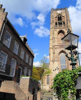 Oirschot kerk en raadhuis