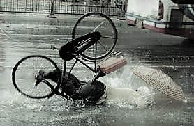 vallende-fietser-2