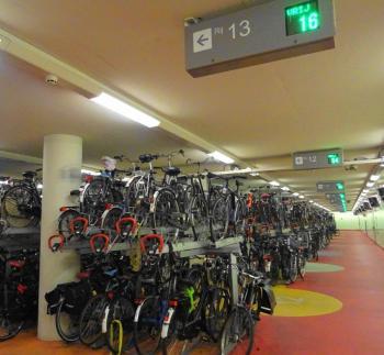fietsenstalling-rotterdam-centraal-1